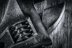 Черно-белый макрос разводного гаечного ключа Стоковые Фотографии RF