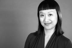 Черно-белый портрет азиатской женщины #2 стоковое фото