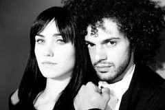 Черно-белый портрет фотомоделей смотря крупный план Стоковое Изображение