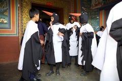 Черно-necked танцор на монастыре Gangtey, Gangteng крана, Бутан Стоковые Фотографии RF