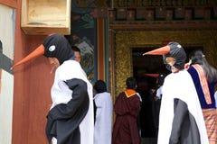 Черно-necked танцор на монастыре Gangtey, Gangteng крана, Бутан Стоковое фото RF