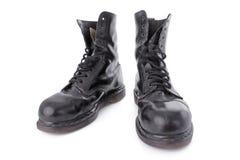черные ботинки кроют кожей старую работу стоковые фотографии rf