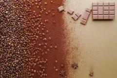 Черные кофейные зерна Стоковые Фотографии RF