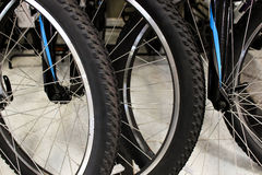 Черные колеса велосипеда Стоковая Фотография