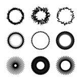 Черные круглые декоративные рамки границы на белой предпосылке Для c иллюстрация штока