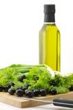 черные оливки масла зеленых цветов Стоковое Фото