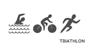Черные триатлон логотипа и диаграммы triathletes стоковое изображение rf