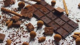 Черные шоколад и специи акции видеоматериалы