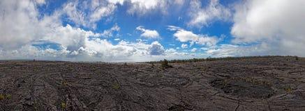 Черный ландшафт лавы - вулкан Kilauea, Гаваи Стоковые Изображения RF