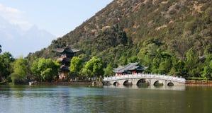 Черный бассейн дракона в Lijiang Стоковая Фотография RF