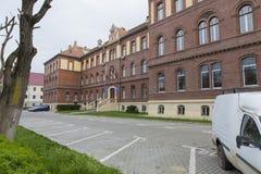 Черный вход инспектуры школы Cluj Napoca стоковое изображение