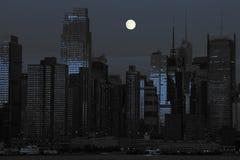 черный голубой городской пейзаж New York стоковая фотография rf