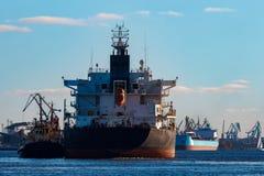 Черный грузовой корабль Стоковая Фотография RF