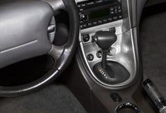 Черный кожаный самомоднейший роскошный интерьер автомобиля. Стоковое Изображение RF