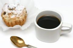 Черный кофе и торты Стоковое Фото