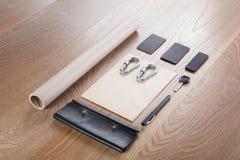 Черный клеймя модель-макет Шаблон установленный на деревянную предпосылку Стоковая Фотография RF