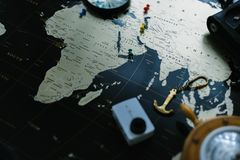 черный мир карты Натюрморт путешественника Стоковые Фото