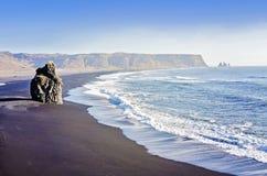Черный пляж Vik Стоковое Изображение RF