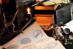 Черный ритуал волшебства свечи стоковое фото rf