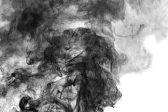 Черный дым на белой предпосылке Стоковое фото RF
