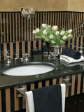 черный washbasin верхней части мрамора детали Стоковое Изображение