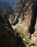 черным стена покрашенная каньоном Стоковое фото RF