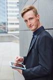 Чернь бизнесмена работая Стоковое Фото