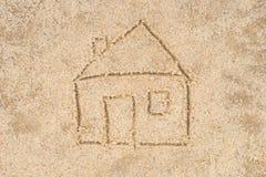 Чертеж дома в песке стоковое фото rf