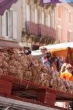 Чеснок в рынке стоковое изображение