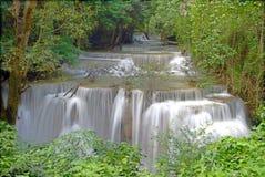 Четвертый пол huay водопада kamin mae Стоковая Фотография RF