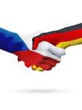 Чехия флагов, страны Германии, концепция рукопожатия приятельства партнерства Стоковые Фото
