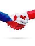 Чехия флагов, страны Канады, концепция рукопожатия приятельства партнерства Стоковое Изображение