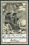 ЧЕХОСЛОВАКИЯ - 1976: выставки грузят в шторме Frans Huys 1522-1562, гравировки серии старые кораблей Стоковое Изображение