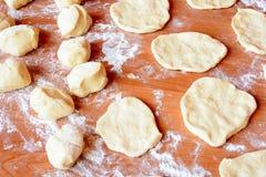 Чех испек плюшки с вареньем и сахаром Стоковые Фотографии RF