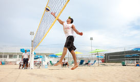 Человек волейболиста пляжа, люди игроков Стоковая Фотография RF