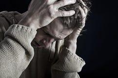 Человек в дистрессе Стоковая Фотография