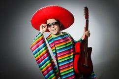 Человек в красном sombrero Стоковая Фотография