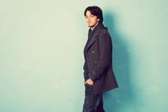 Человек в пальто стоковая фотография rf