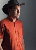 Человек в шлеме ковбоя Стоковое Изображение RF