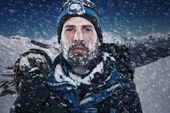 Человек горы приключения стоковое фото rf