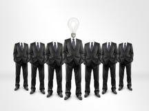 Человек, голова электрической лампочки стоковое изображение