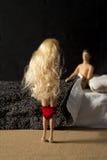 Человек, женщина, пара, имеет секс, делает влюбленность в кровати Стоковая Фотография RF