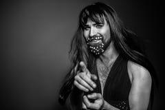 Человек женщины с бородой в платье Стоковые Изображения RF