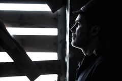 Человек за сломленным окном Стоковое фото RF