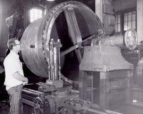 Человек и его машина стоковое изображение rf