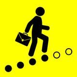 Человек идет вверх по лестнице карьеры Стоковая Фотография