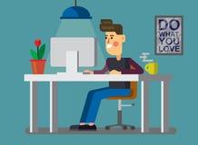 Человек и ПК в офисе Стоковое Изображение RF