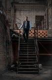 Человек идя вниз Стоковые Фотографии RF