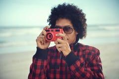 Человек камеры битника стоковое изображение