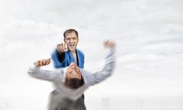 Человек карате в голубом kimino стоковое фото rf